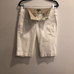 VINCE Bermuda Shorts EUC Size 4 (3 for $10 Item)